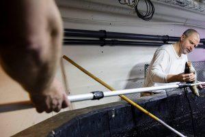 Søren har fået 1,4 millioner kroner til at fotografere fisk