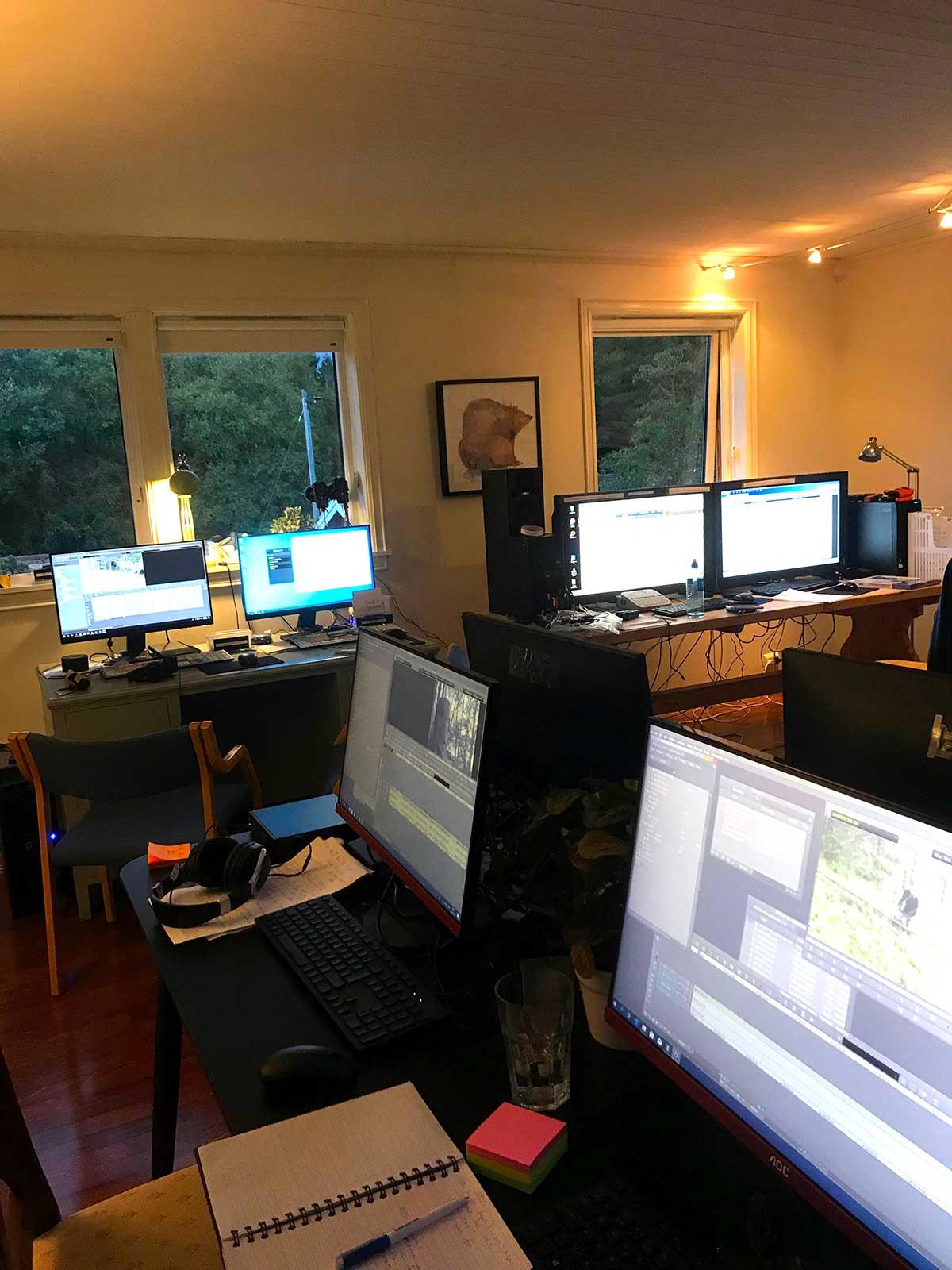 KLADDE I denne norske hytte fandt tv-holdet højdepunkterne i Alene i Vildmarken i stakken af råbånd 1