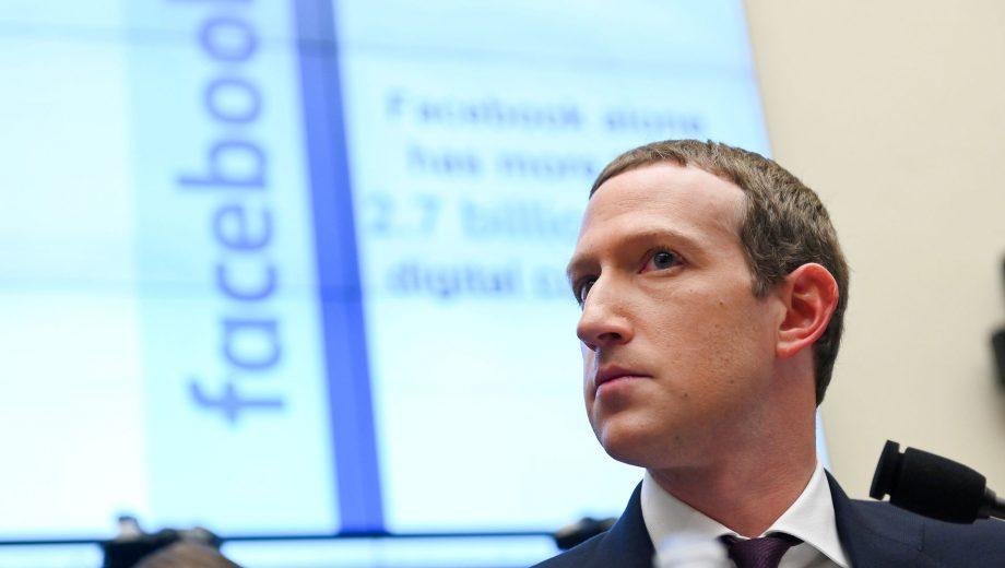 Zuckerberg: Facebook skal være et 'metavers'-firma