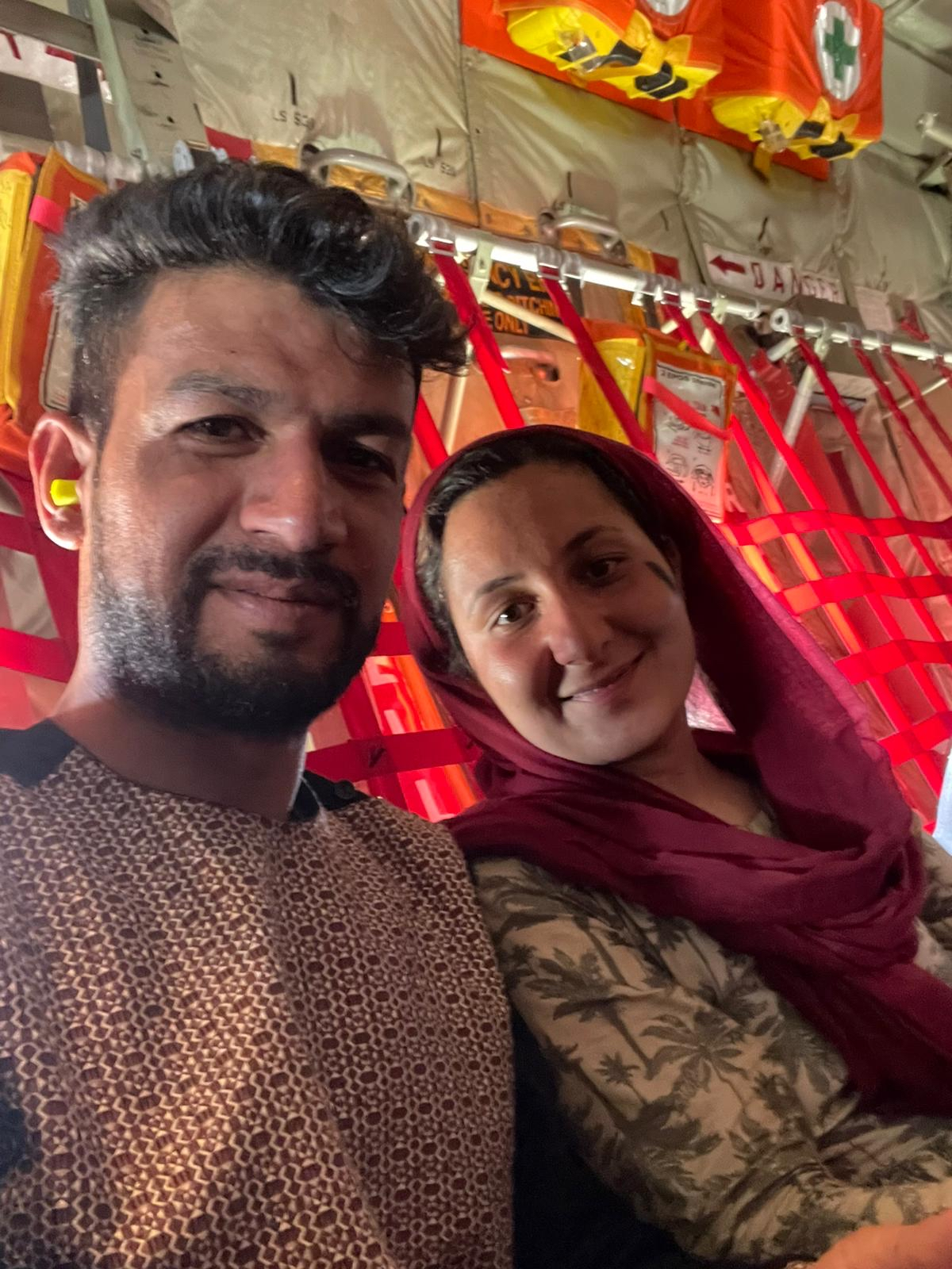 Wahida var kendt journalist i Afghanistan. Nu frygter hun at blive pizzabud i Danmark 4