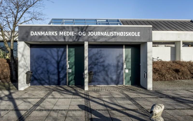sådan kommer du ind på journalisthøjskolen